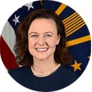 Headshot of Stacy Cummings