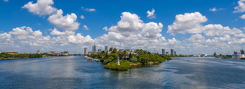 shot of Tampa FL